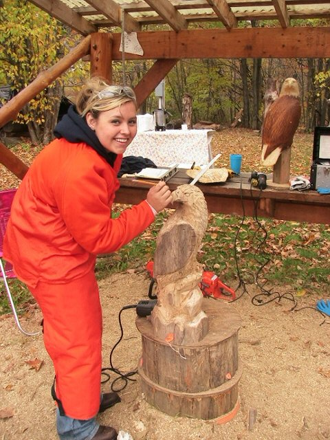 Wisconsin school of chainsaw carving welcome